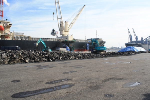 南公共埠頭修復工事